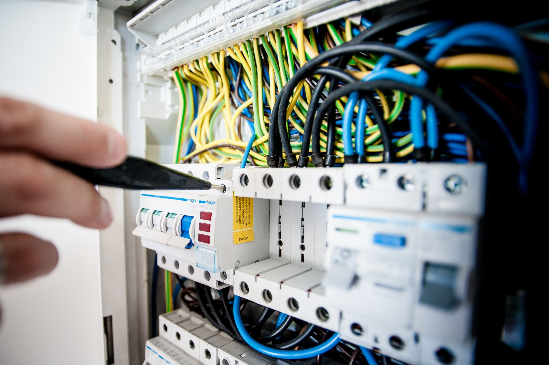 cables-close-up-connection-257736